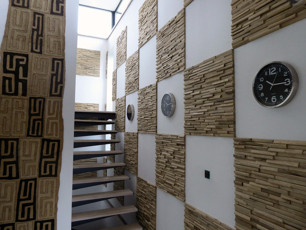 Mur 3d en bois massif recycl limba natura by claddywood - Parement bois 3d ...